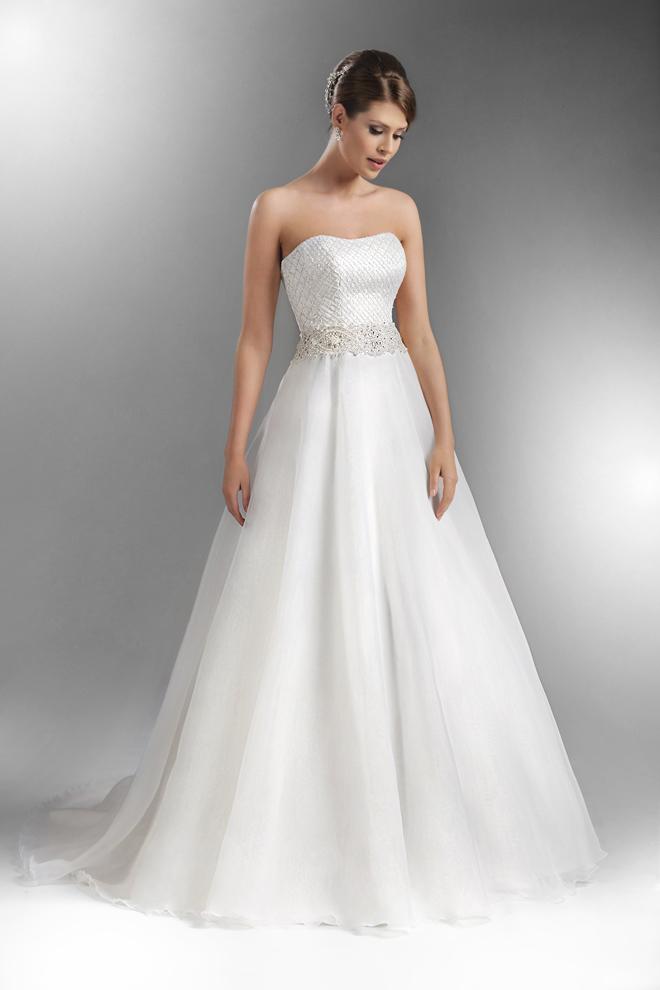 9e72fd4f8eaa Navždy zostane obľúbenou súčasťou svadobných šiat