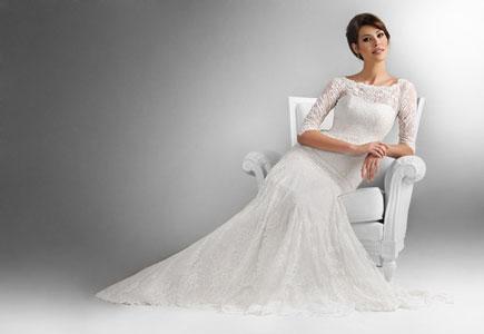 55a9eef49255 Agnes vám pomôže vyjadriť samú seba prostredníctvom jej nadčasových  svadobných šiat. Svadobné šaty z novej kolekcie od Agnes ...