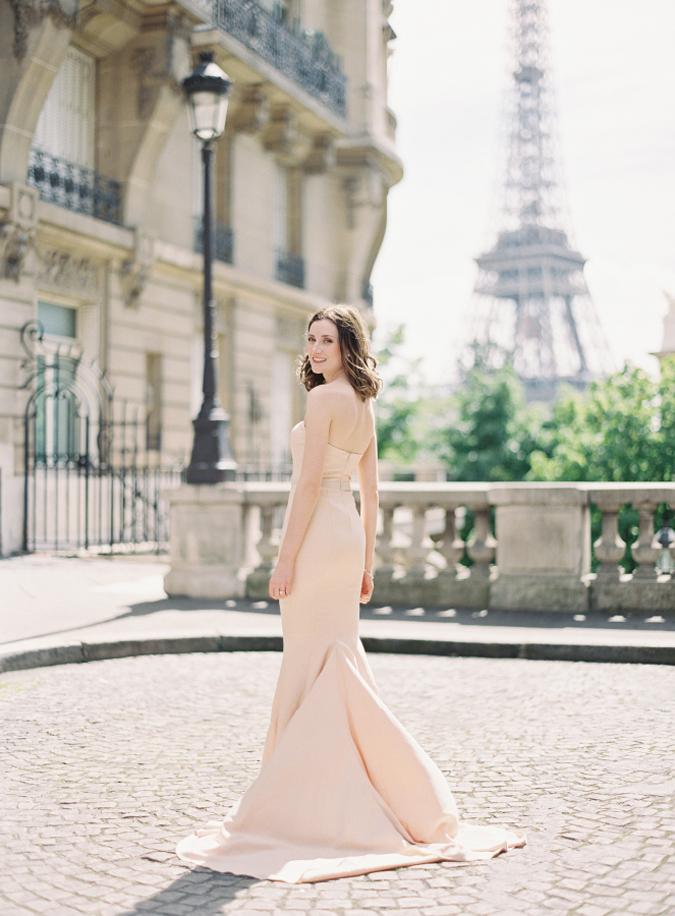 c8857092d3b8 Handmade svadba Svadobné šaty nemusia byť iba biele. Trúfnete si ...