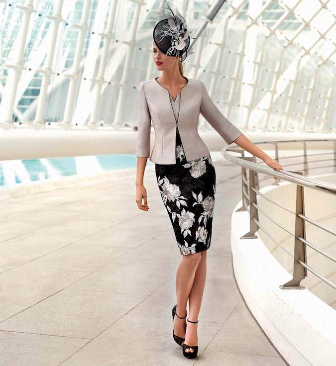 93f59536b Mňa kolekcia Sonia Peňa naživo úplne očarila, presne takto si totiž  predstavujem oblečenú každú slovenskú svadobnú mamu, aby noblesne a  elegantne ...