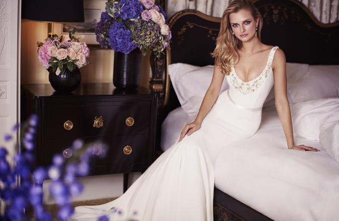 ab50e024be0a Svadobné šaty Caroline Castigliano  Jubilejná kolekcia Love is in ...