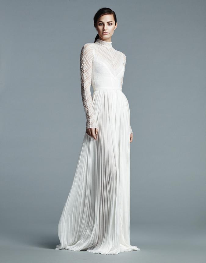 0921d7911621 Nádherné svadobné šaty podľa vašich predstáv nájdete v našom katalógu  firiem