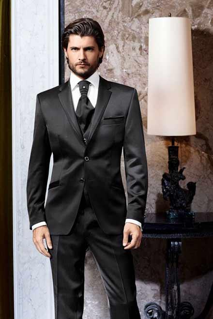 001d6b1b97cb Pánske obleky značky WILVORST sa vyznačujú jedinečným strihom a úžasným  materiálovým prevedením. Samozrejmosťou danej kolekcie pánskych oblekov sú  svadobné ...