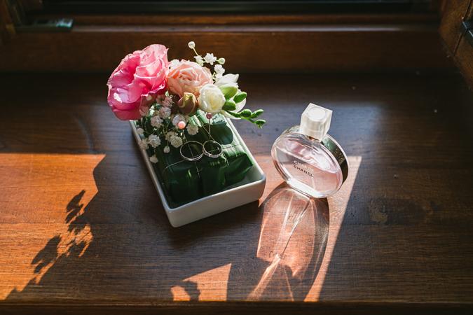 Krásu živých kvetov si na svojej svadbe užili aj nevesty Barbora a Miška f9418bb9abd