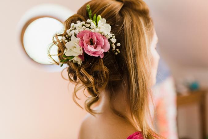 e3386f9d0 Blog Živé kvety vo vlasoch sú stále IN! | všetko, čo nevesta ...