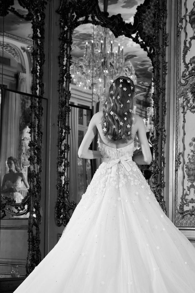 Svadobné šaty Svadobné šaty Elie Saab  Inšpirované cisárovnou Sissi ... 3c48a18de75
