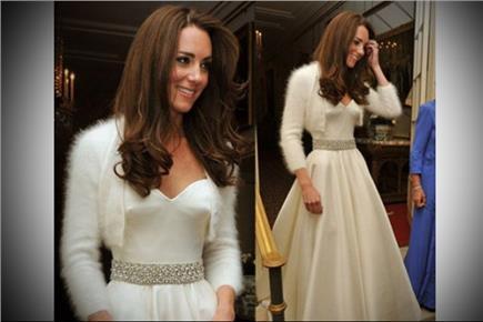 d008617731a6 Kate Middleton ostala aj pri druhých šatách verná módnej dizajnérke Sarah  Burton a na večeri sa objavila v krásnej snehobielej róbe zo saténu.