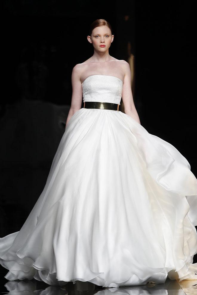 eea4dfbcc2fb Svadobné šaty Svadobné šaty  Rosa Clará 2012