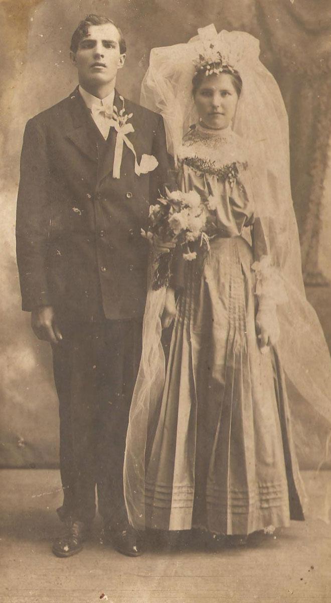 4bad04ba186d Články História svadobnej módy  Čo sa nosilo na začiatku 20 ...