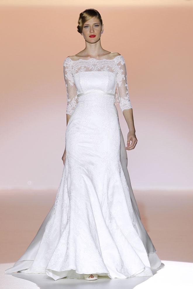 Mimoriadne elegantne pôsobia šaty strihu v tvare a, ktoré upútajú