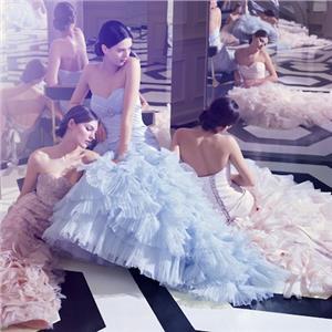 5eb5808be36d Články Svadobné šaty  Nebojte sa pastelových farieb
