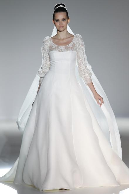 Blog Svadobné šaty  Elegantná nevesta v dlhých rukávoch  7dad323d83e