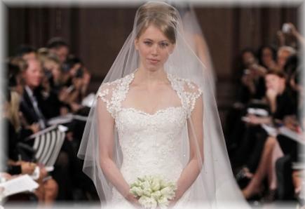 0494cc7d5 Blog Romantická klasika: Svadobné šaty Romona Keveza | všetko, čo nevesta  potrebuje, je teraz na webe