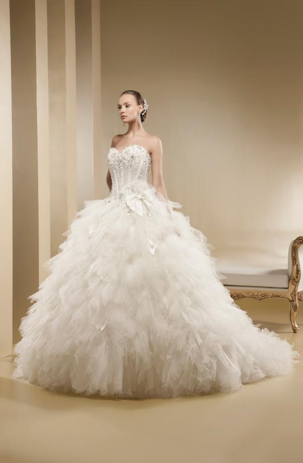 Blog Salón St. Valentino  Vyhraj svadobné šaty!  f60b4803bd4